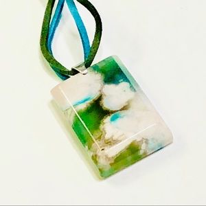 Cloud-like Green Cherry Blossom Agate Necklace
